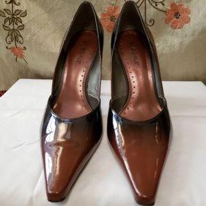 BCBG Girls Patten Leather Heels, size 7.5M